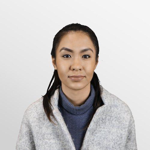 Salina Nguyen Plug and Play